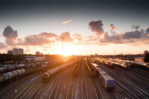 Transportes ferroviários e alfândegas: os principais obstáculos ao desenvolvimento do sector logístico em Portugal